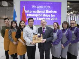 Students and Vice President, Zhejiang Technical Institute of Economics_Principal and Hospitality Students City of Glasgow College