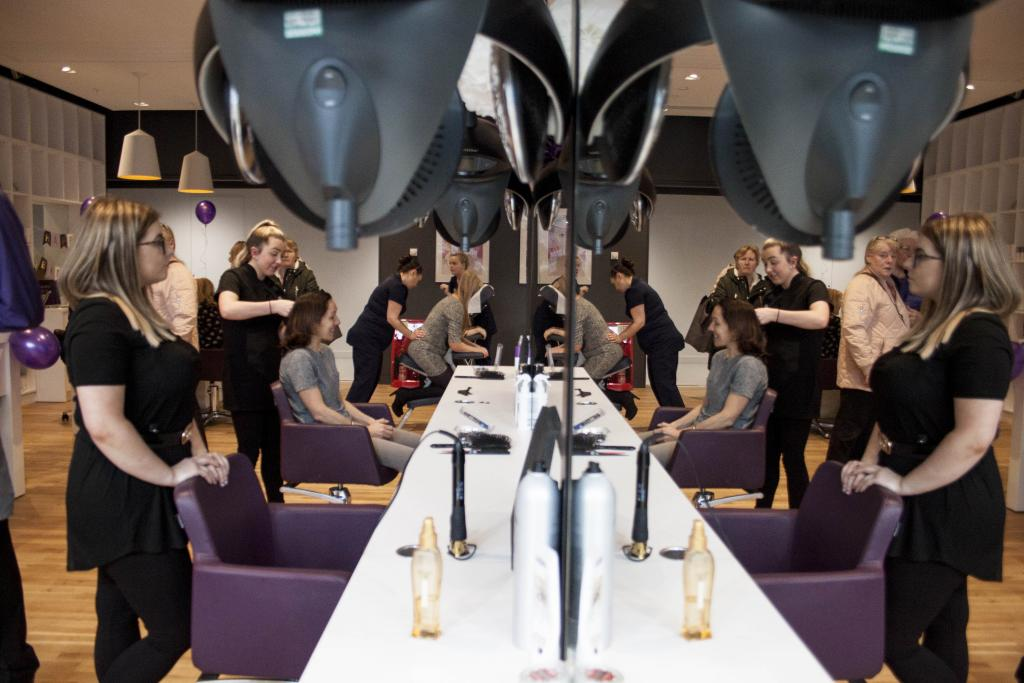 Birthday Celebrations for Super College Salon