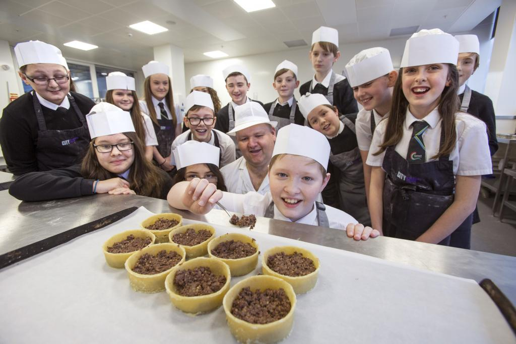 CoGC_Burns Supper for Garnock Community Campus_school pupils_centre is Callum Rose