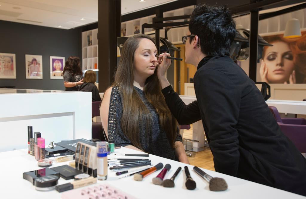 Beauty students working in Amethyst Beauty Salon.