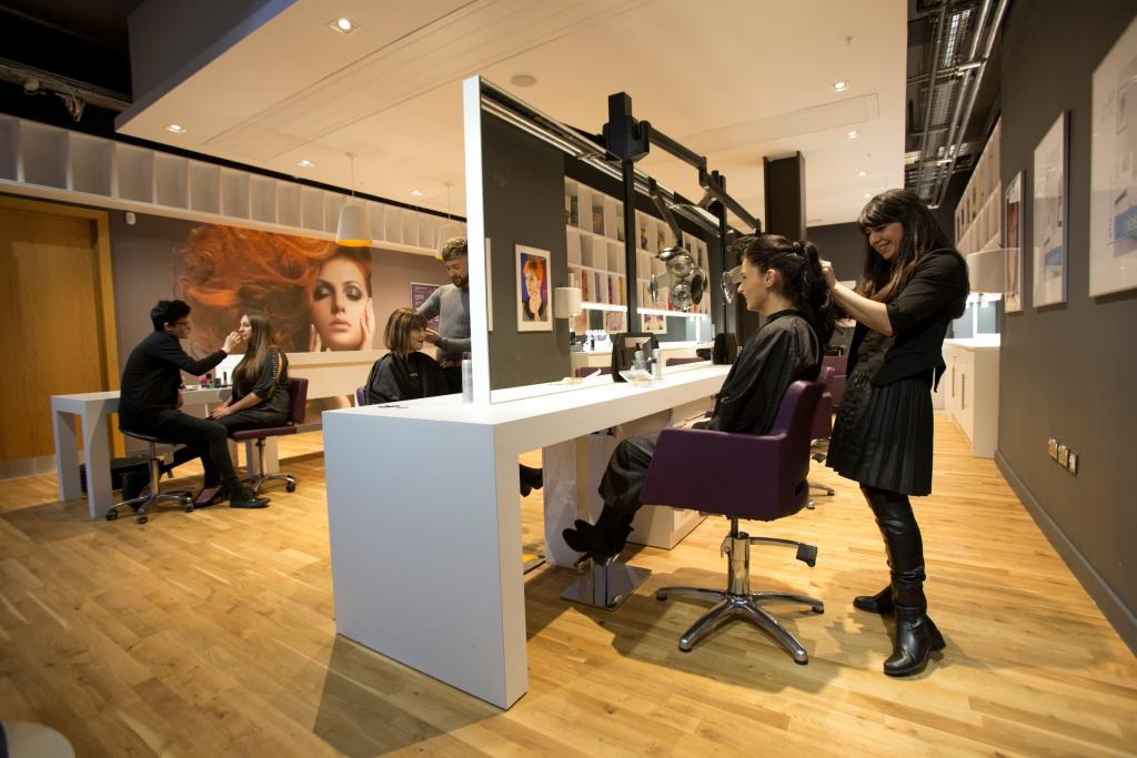 beauty hair salon glasgow amethyst mt hairdressing cathedral tel rooms cogc