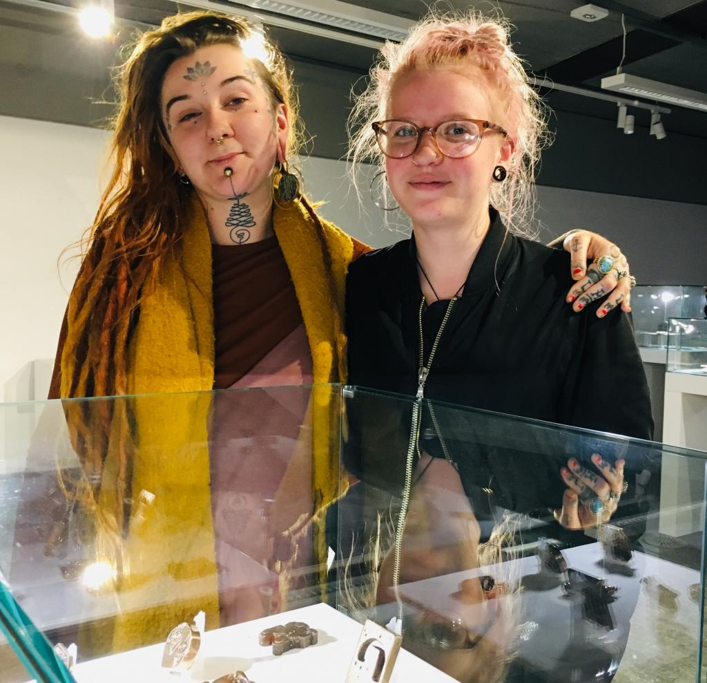 LtoR_Sophie Aptor and Katie_ Hemming HND Jewellery winners_BAMS Student Medal Project_April19