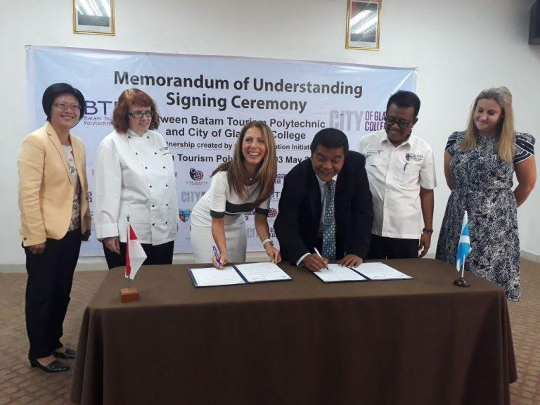 Minute of Understanding signed between City of Glasgow College and Batam Tourism Polytechnic