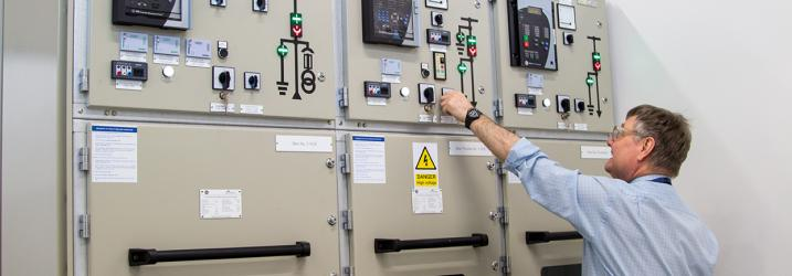 Lecturer in the engine room for high voltage training